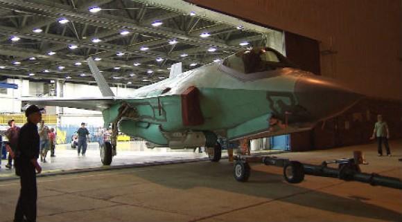 Rolls-out-fisrt-Dutch-F-35