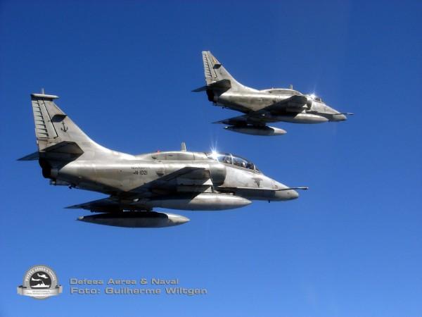 AF-1 e AF-1A Falcão