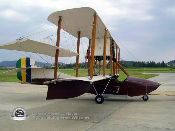 Curtiss F 1916