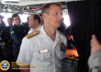 Comandante da 4ª Frota dos EUA, CA Don D. Gabrielson