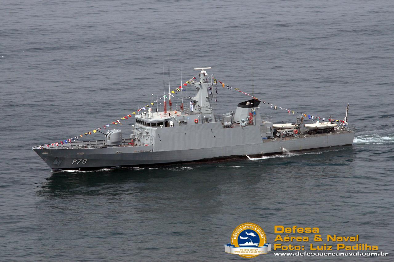 Unidades que pudiera poseer la Armada - Página 24 NPa-Maca%C3%A9-P70-1