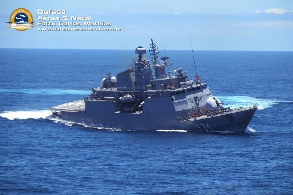 Corveta Barroso - Operação atlântico III em manobras