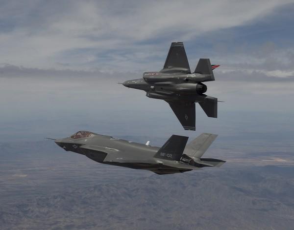 AF-1 and AF-2 Arrival at Edwards Air Force Base