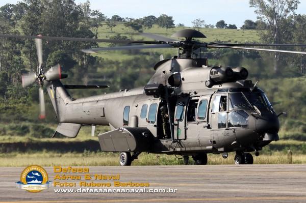 HM-4 Jaguar EB 5002_01