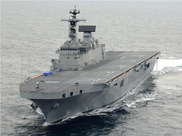 SHIP_LPH_ROKS_Dokdo_Frontal_lg