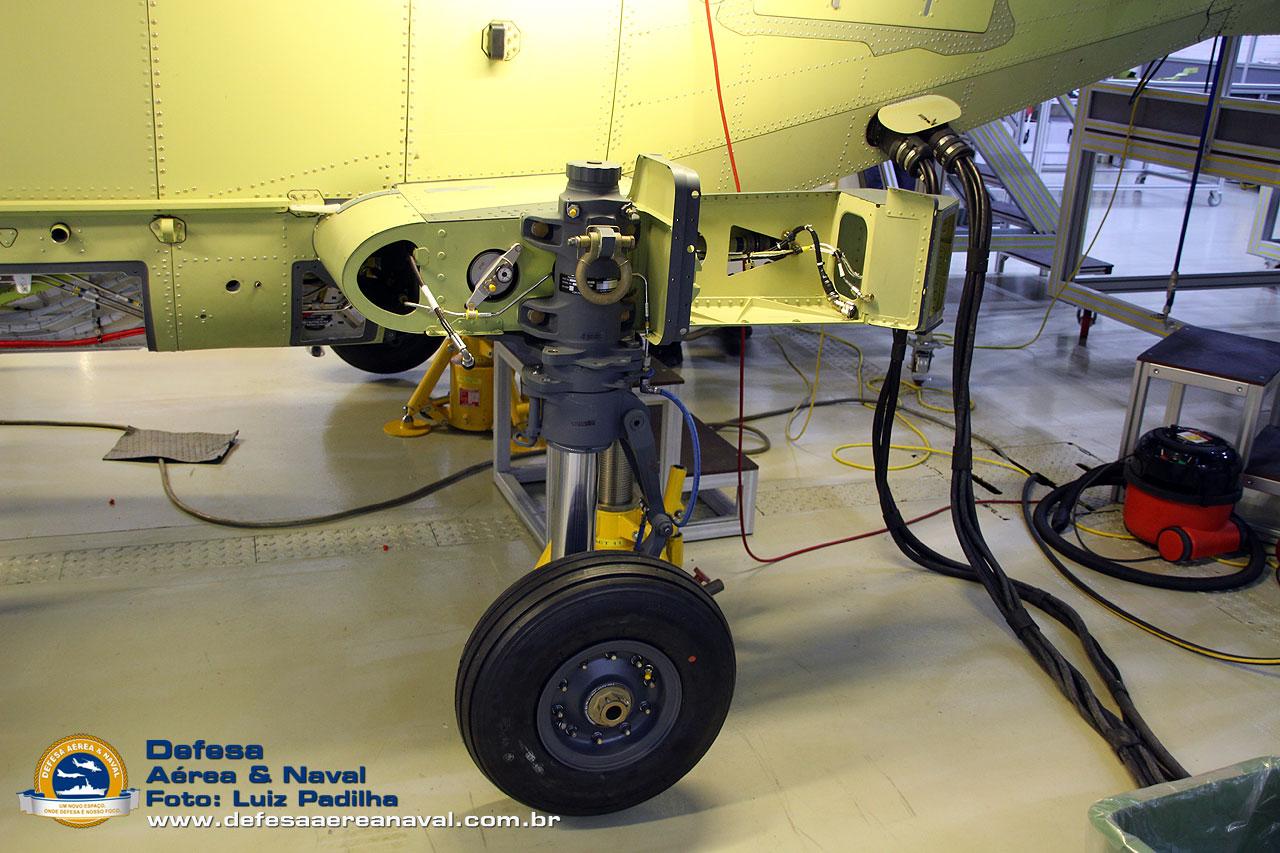 AW-159 Wildcat -037