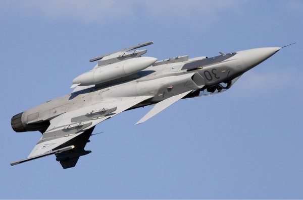 Saab_JAS-39C_Gripen_Hungarian_Air_Force_