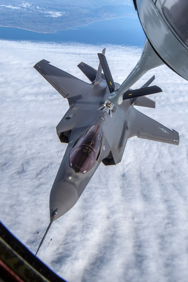 F-35 AF-02 durante REVO