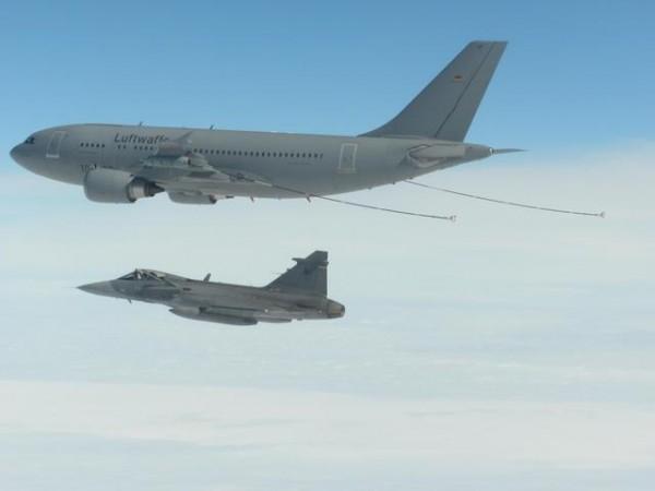 Czech Gripen_REVO_MRTT_01