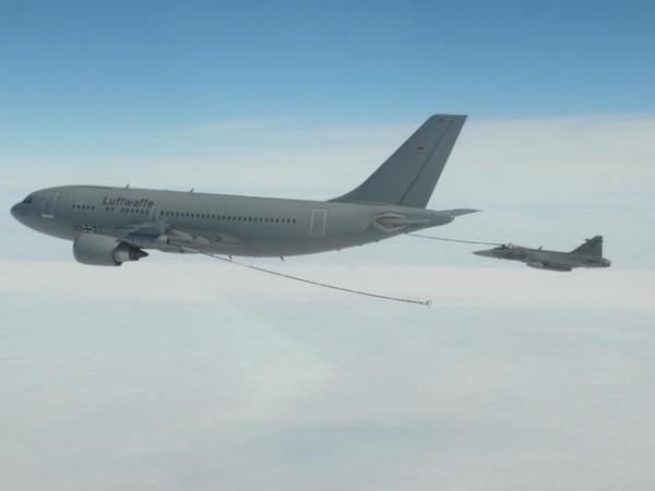 Czech Gripen_REVO_MRTT_03