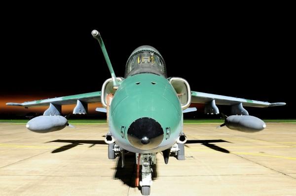 Am-X da Força Aérea Brasileira e os seus 2 canhões MK-154 de 30mm