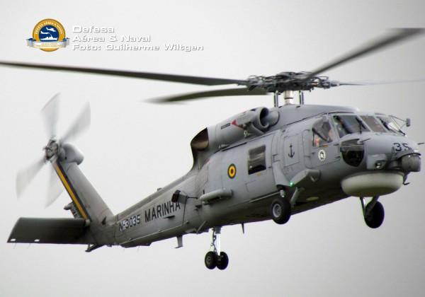 MH-16-Seahawk-aproximando-para-pouso