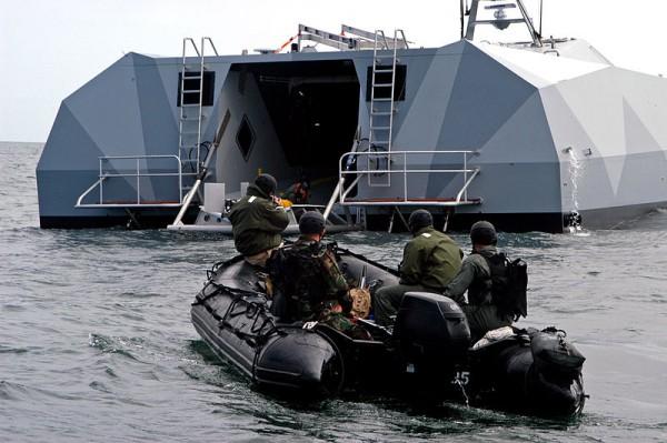 SEALS treinando com o M80