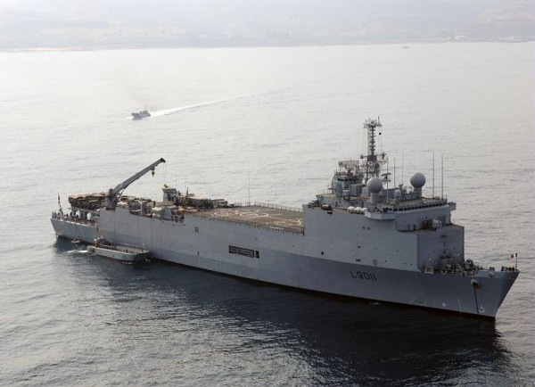 Frances-Navy-amphibious-assault-ship-LPD-Siroco
