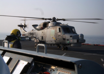 Wildcat do 700W NAS no convoo do  RFA Mounts Bay