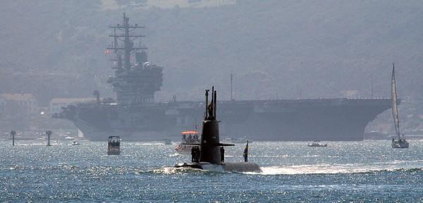 Gotland_with_USS_Ronald_Reagan