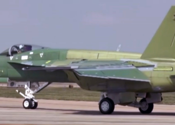 Super Hornet na pintura prime