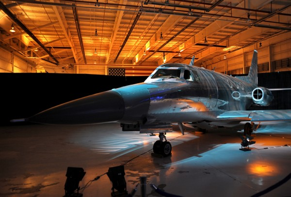 sabreliner_hangar
