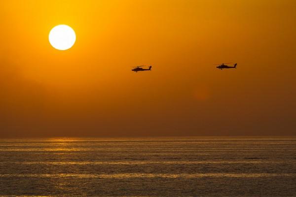 AH-64D Apache_01