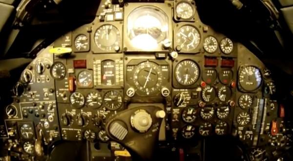 SR71-cockpit