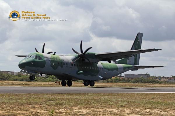 C-105-FAB-no-pouso