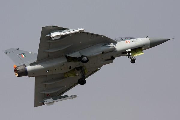 Tejas míssil ar-ar Vympel R-73