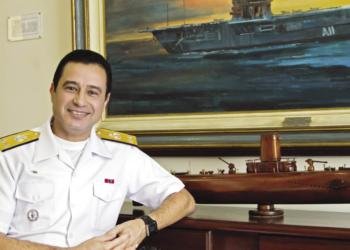contra-almirante Almir Garnier Santos