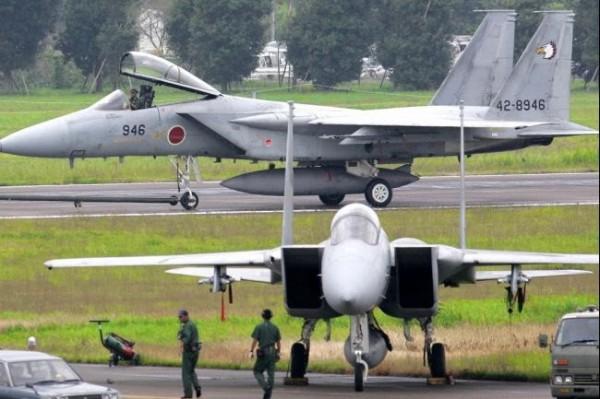 F-15 japones
