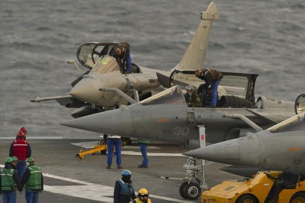 a-bord-du-porte-avions-charles-de-gaulle-3