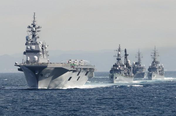 JMSDF-Fleet-Review-2012-10