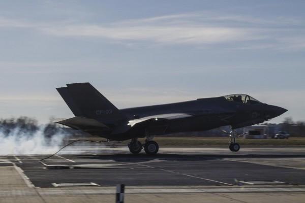 F-35_CF-3_NewTailhook