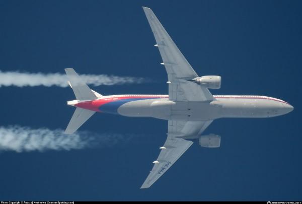 Boeing-777-200_PlanespottersNet_238296