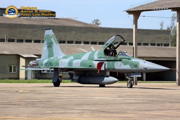 F-5EM-4856-1