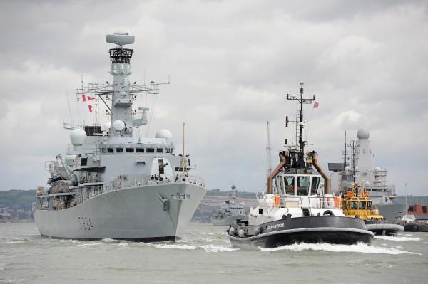 HMS Iron Duke Fitted with Artisan Radar