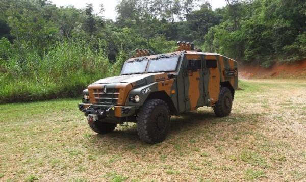 Avibras apresentou viatura que vai ser enviada para Exército Brasileiro