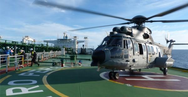UH-15_EVAM_01