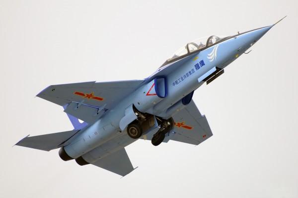l15_falcon_jet_trainer