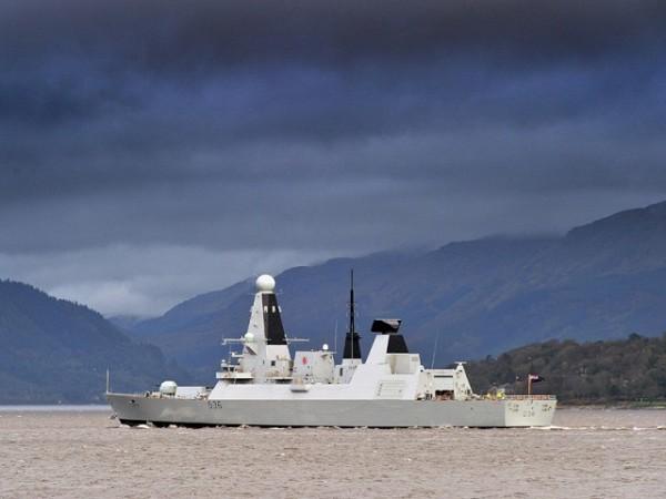 HMS_Defender_royal_navy_type_45