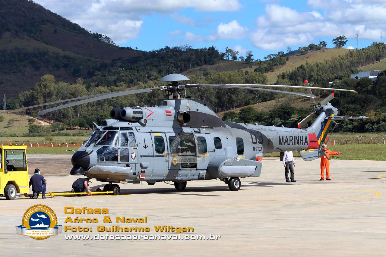 UH-15 N-7103_01
