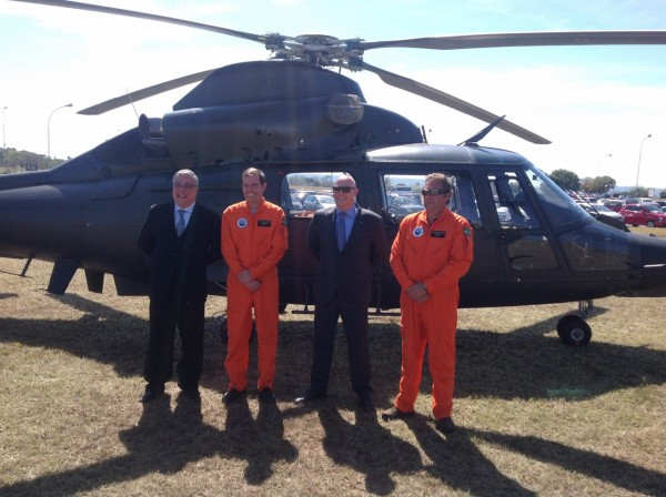 Equipe daHelibras apresenta a aeronave em Brasília