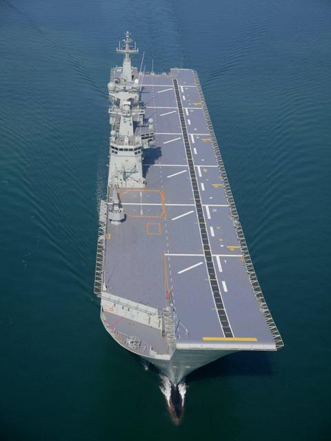 HMAS Camberra_01