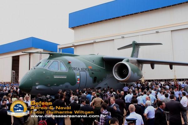 KC390_rollout_29