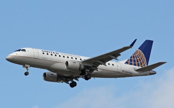 United E175