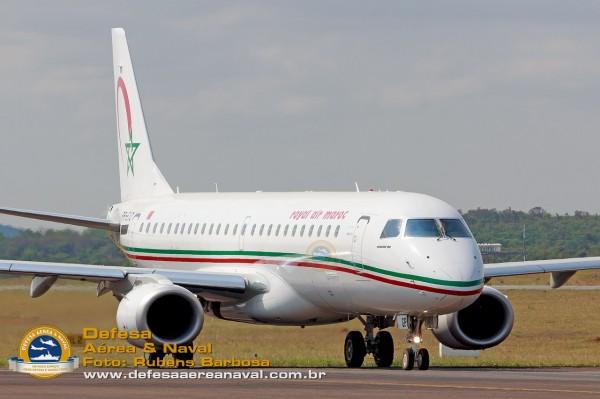 EMBRAER E190 ROYAL AIR MAROC 86371280
