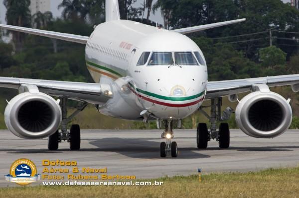 EMBRAER E190 ROYAL AIR MAROC 90651280