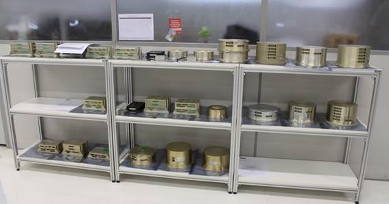 Parte dos equipamentos e documentação entregues pela ODT/Mectron ao DCTA/IAE e Cenic.