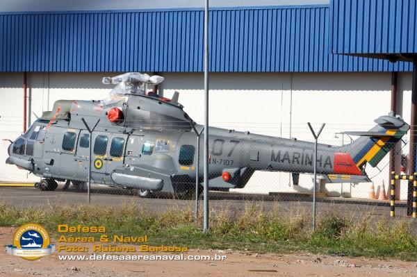UH-15 N-7107_01