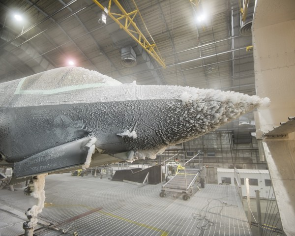 F-35-Climate-Test_3a