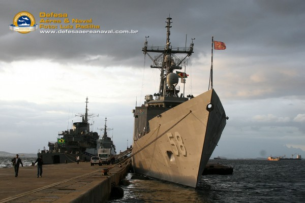 USS-Samuel-B.-Roberts-(FFG-58)