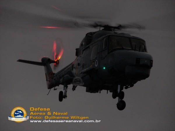 AH-11A_01